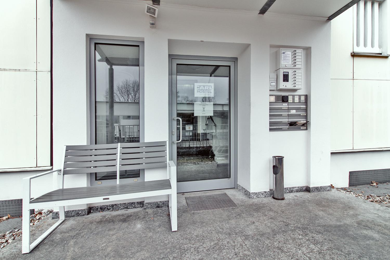 carl gmbh pension hostel appartements. Black Bedroom Furniture Sets. Home Design Ideas
